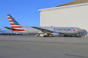 new american video and photo new american airlines livery on a boeing