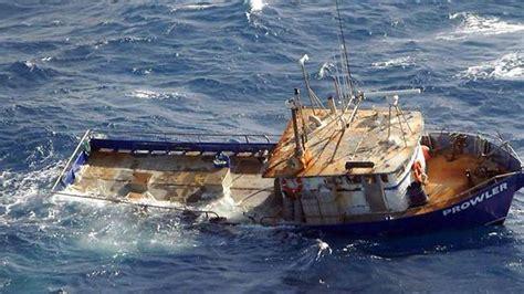 catamaran south australia family rescued after catamaran capsizes in second ocean
