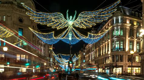 when do oxford street christmas lights go on christmas