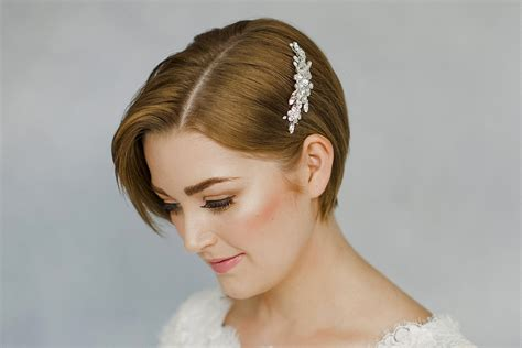 Vintage Style Wedding Hair Accessories Uk by How To Style Wedding Hair Accessories With Hair