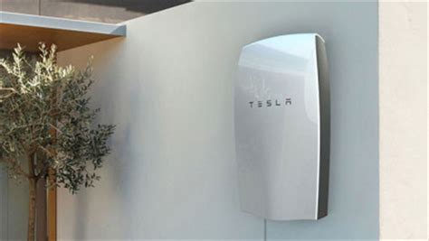 Does Tesla Make Money How Much Money Does Tesla S Powerwall Really Save On Your