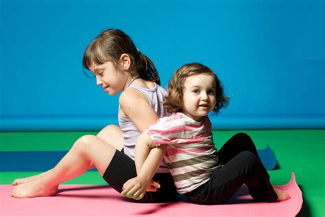 Kids' Yoga Poses Are Just As Effective As The Grown Up Versions, But Cuter (PHOTOS)