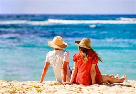 25 best destinations for couples traveleering
