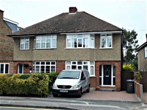 3 bedroom house to rent in bolton road windsor berkshire