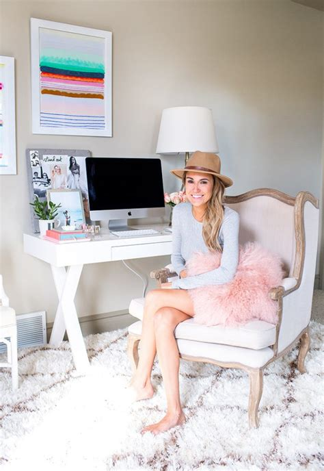 Glam Work Spaces That Will Make You Want To Get Your Work   glam work spaces that will make you want to get your work