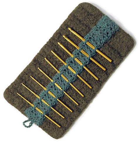 pattern crochet needle case crochet hook pouch yarnworks pinterest