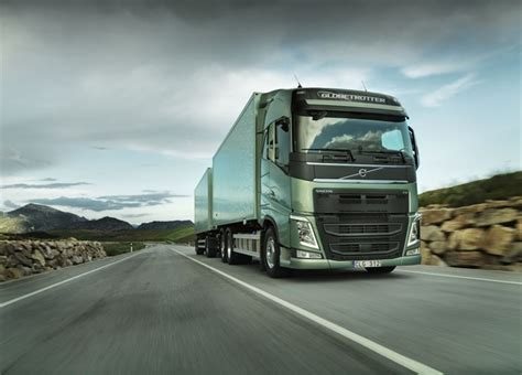 the new volvo truck the volvo fh the new long haul truck from volvo trucks