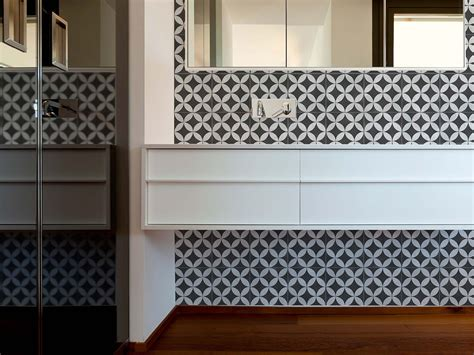 house of tiles four ways to style a bathroom as seen on house rules gt beaumont tiles