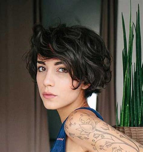 Best 25  Short dark hairstyles ideas on Pinterest   Short