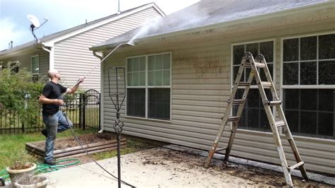 power washing house house power washing gutter black streaks siding youtube