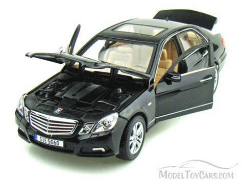 Mercedes E Class Coupe Diecast Miniatur mercedes e class black maisto 31172 1 18 scale diecast model car