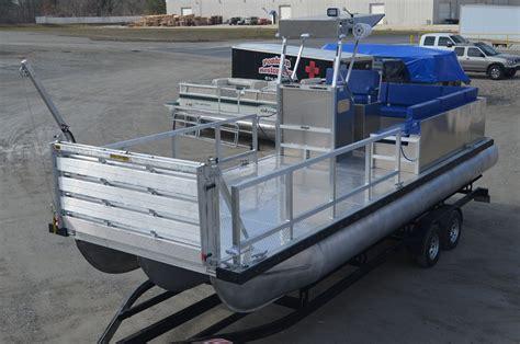 pontoon boats llc new construction custom boats