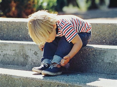 kid tying shoes 5 things i refuse to do for my no matter what