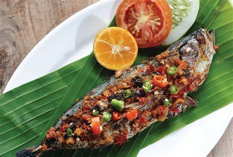 cara membuat nasi bakar yang enak dan gurih resep dan cara membuat ikan kembung bakar bumbu sambal