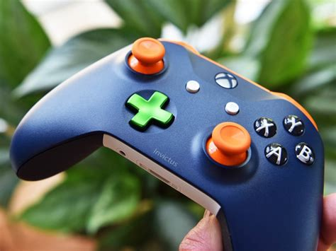 design lab xbox 360 controller 10 awesome controller designs from xbox design lab