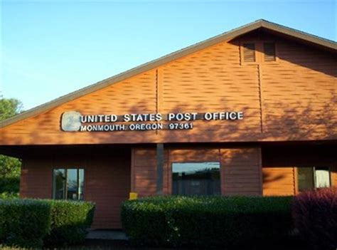 Monmouth Post Office by Monmouth Oregon 97361 U S Post Offices On Waymarking