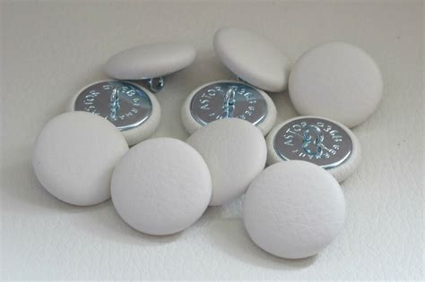 Upholstery Buttons by 10 Upholstery Buttons White Ivory Real Leather 25mm Ebay