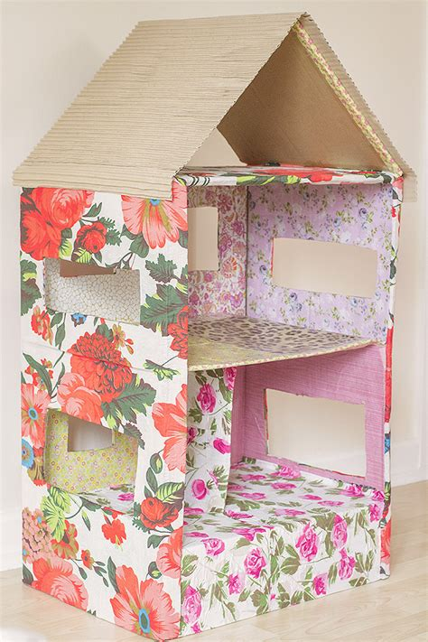 how do you make a doll house how to make a dolls house out of a cardboard box