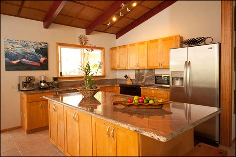 honey kitchen cabinets kitchen cabinet oak honey oak kitchen cabinets kitchen