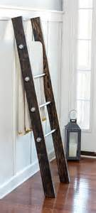 Blanket Rack Ladder by Best 25 Industrial Pipe Ideas On Industrial