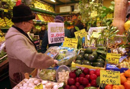 pavia negozi aperti domenica centri commerciali aperti domenica a roma supermercati