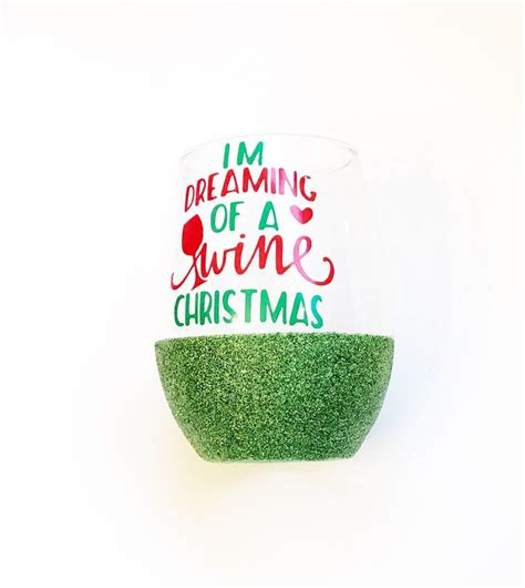 christmas wine glass svg 25 best ideas about christmas wine glasses on pinterest