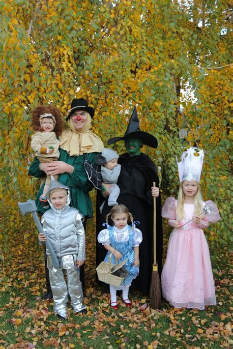 family wizard  oz costumes    costumes