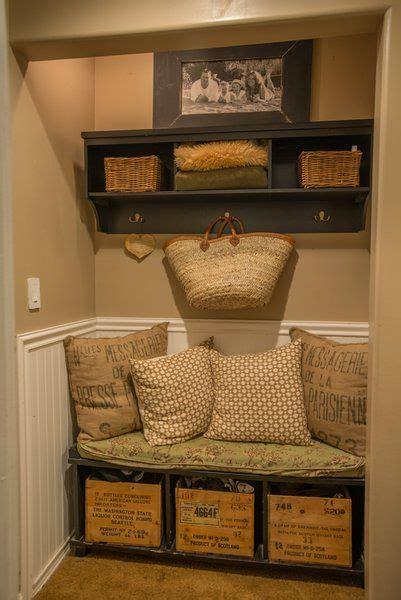 Foyer Nook Ideas by Best 25 Entry Nook Ideas On Hallway Closet