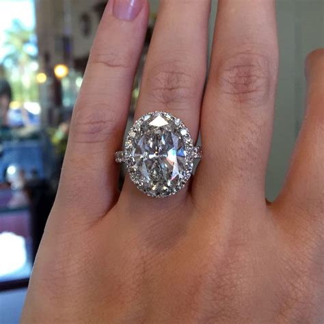 Oval Engagement Rings by Fancy Shape Diamonds Raymond Jewelers