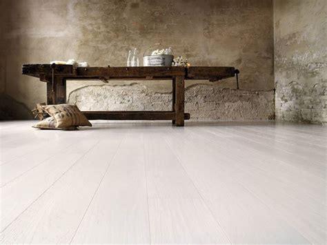 tappeti legno listelli parquet chiaro pavimenti in parquet