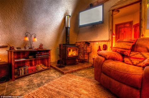 hobbit bedroom hobbit fans flock to montana guest house to live like