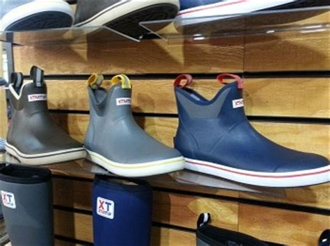 Deck Boots Fishing by Best Fishing Boots Of 2018 Buying Guide Top Picks