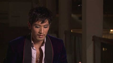 godfrey gao the mortal instruments godfrey gao on magnus bane the mortal instruments youtube