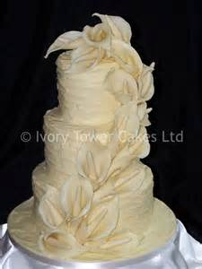wedding cake glasgow glasgow wedding cakes idea in 2017 wedding