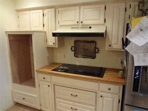 ideas for small galley kitchens 1000 ideas about galley kitchen design on