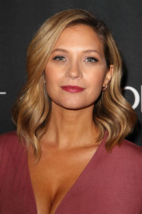 vanessa ray vanessa ray at blue bloods presentation at paleyfest in