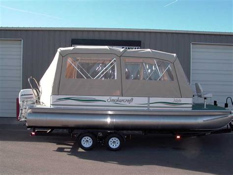 tracker boat enclosures pontoon boat enclosures and covers paul s custom canvas