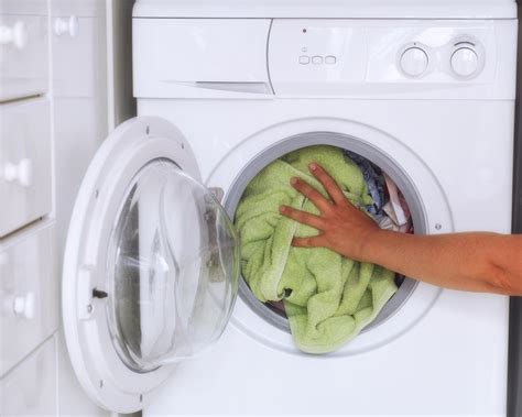7 Misconceptions About Your Laundry by Top 7 Myths About Washing Machines Cleared