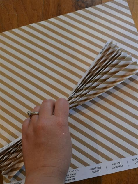 Make Paper Fans - diy paper fans without answers