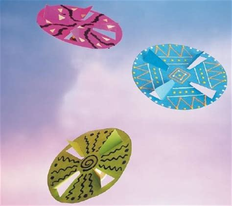 flying crafts for how to make a paper flying disc for howstuffworks