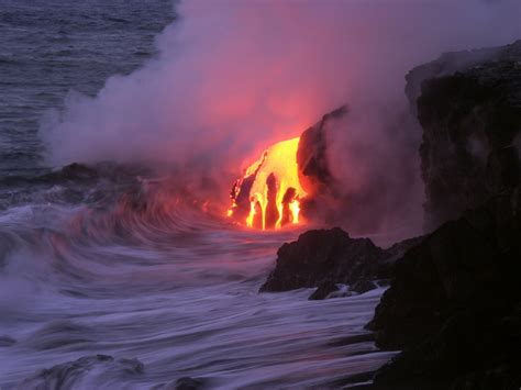 world s largest lava l world s largest volcano tamu massif found underneath