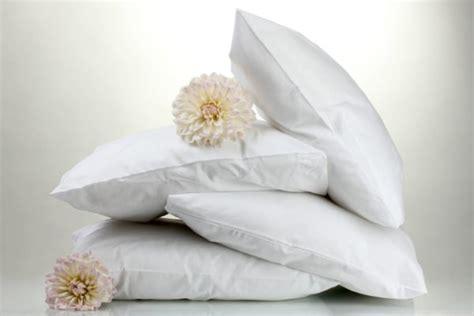 lavare cuscini in lattice lavare i cuscini in lattice o gommapiuma consigli pratici