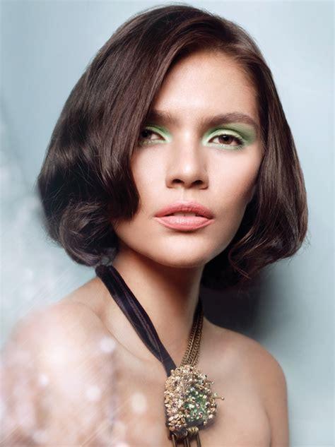 Eyeshadow Hijau tips mudah menggunakan eyeshadow hijau