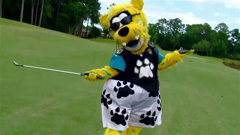 jacksonville jaguars mascot matt ginella golfs with jacksonville jaguars mascot golf
