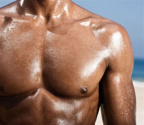 Wotm 04 2015 Beef Up Your Chest Shoulders With The Chest Shoulder