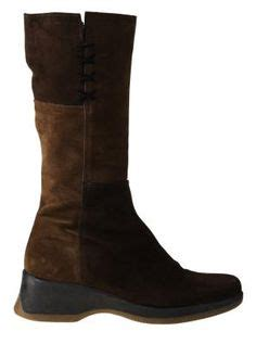 how to get musty smell out of leather couch 1000 images about how to clean boots on pinterest ugg