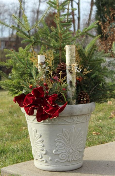cheap outdoor diy christmas decoration for 10 julie