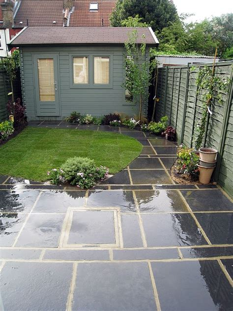 Garden Paving Ideas Uk 17 Best Ideas About Small Deck Designs On Easy