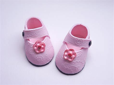 baby shoes stacey s sweet shop truly custom cakery llc perfectly