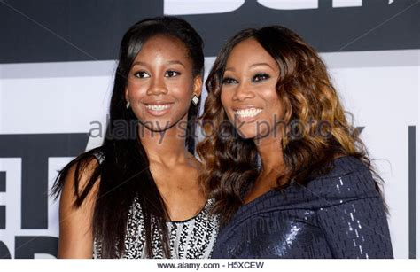 yolanda adams daughter taylor ayanna crawford yolanda admas daughter pin yolanda adams daughter taylor